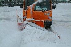 Schneefräsen + Schneeschleuder