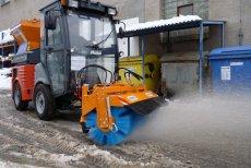 Winterkehrmaschinen